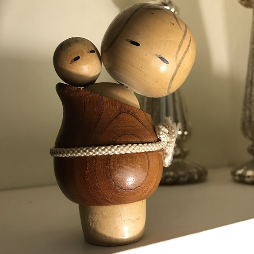 Small vintage mother and child Kokeshi