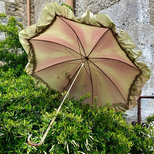 Antique ladies parasol with Bakelite handle