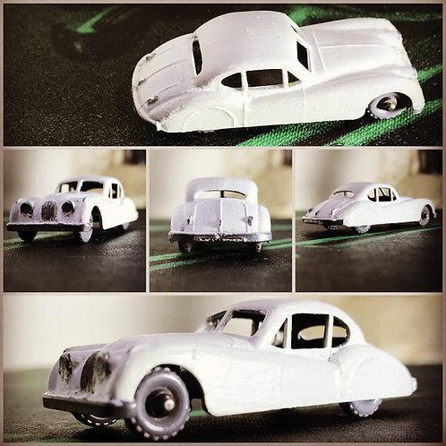 1957 Lesney Matchbox Car - Jaguar XK140