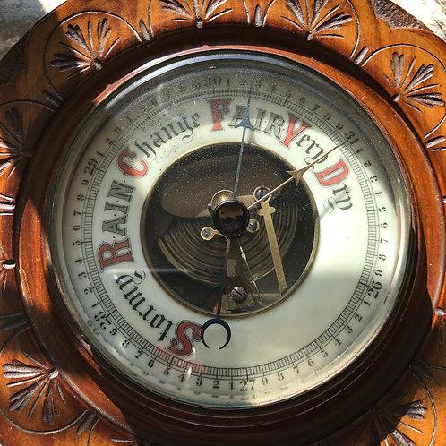 Edwardian period German circular barometer