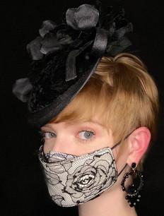 Antique lace Mask