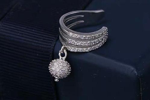 Beautiful Stud Earrings 016