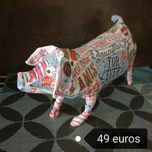 ANIMAL en papier mâché  By Caroline JUPILLE