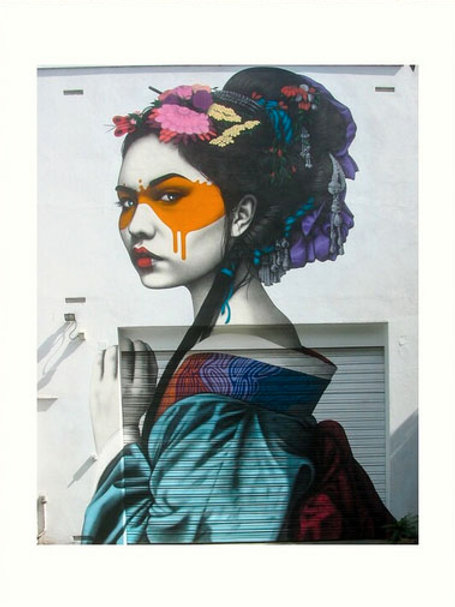 Fille japonaise Street art 30 x 40 cm