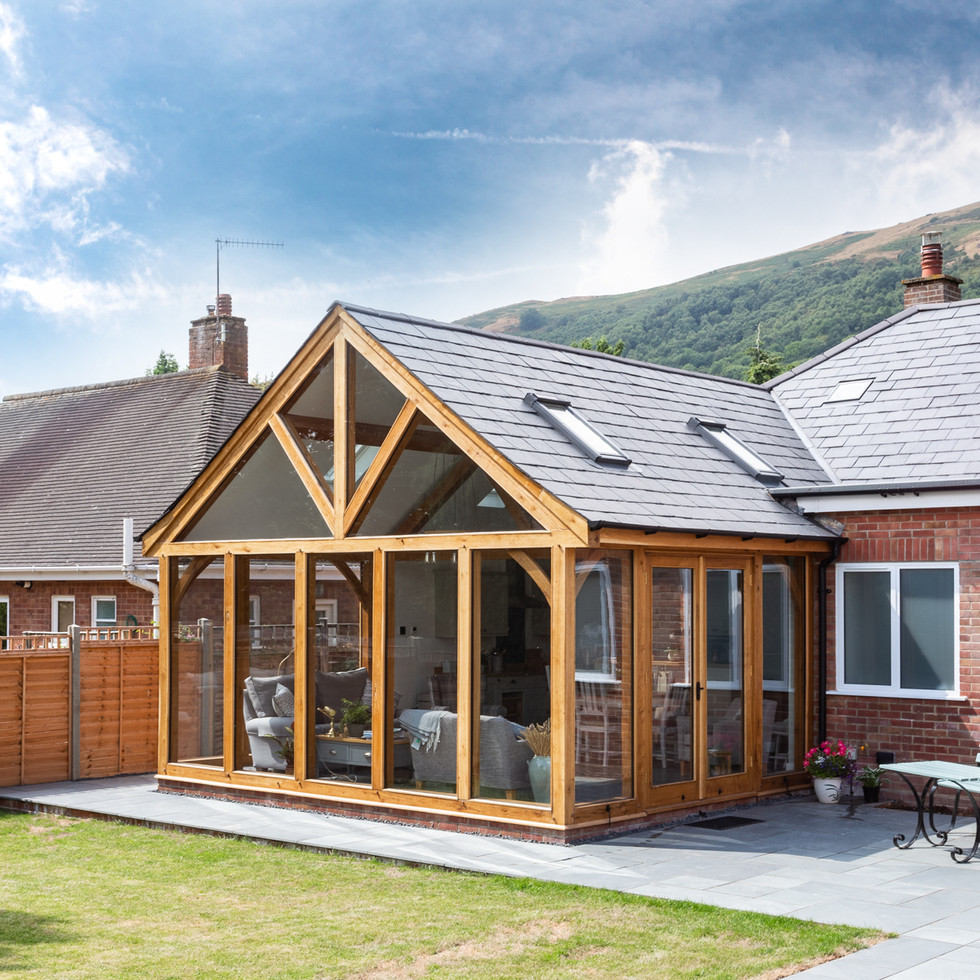 modern timber framed house extension in Malvern