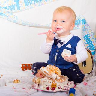 first birthday cake smash portrait