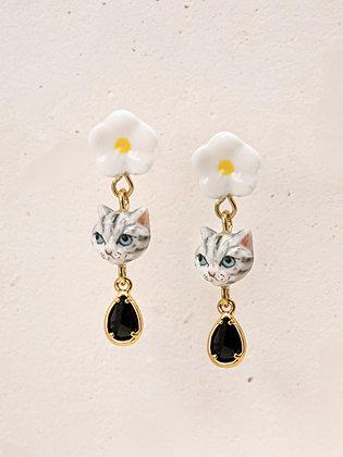 Nach - TABBY CAT & FLOWER WITH PENDANT EARRINGS