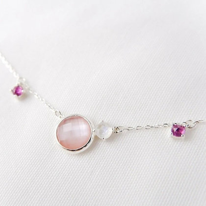 DREAMNICKER - Valda (Pearl, Moonstone,Garnet) Necklace (Silver)