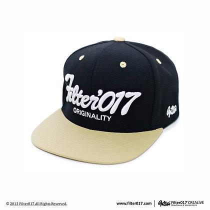 VINTAGE FONTS SNAPBACK CAP (Black)