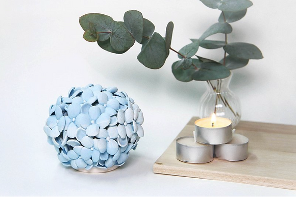 Ha.ma - Shown Signs Of Hydrangea Scented Candles Seat