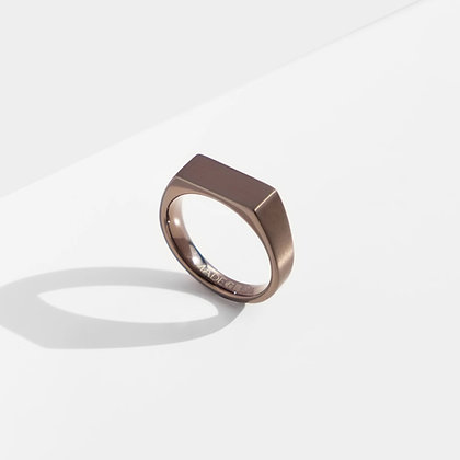 MADEGREY - Dual Texture Signet Ring | Bronze