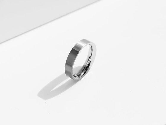 MADEGREY - Brushed Two-Tone Ring | Grey