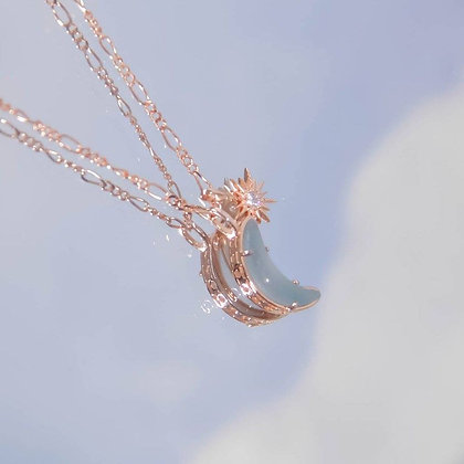 Love By The Moon - Wishing Moon Gold Necklace (Aquamarine)