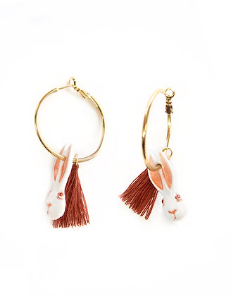 NACH BIJOUX - Rabbit & Pompom Hoop Earrings J249
