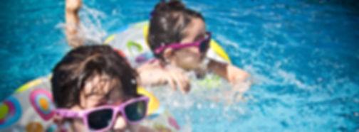 kids swimming lesson