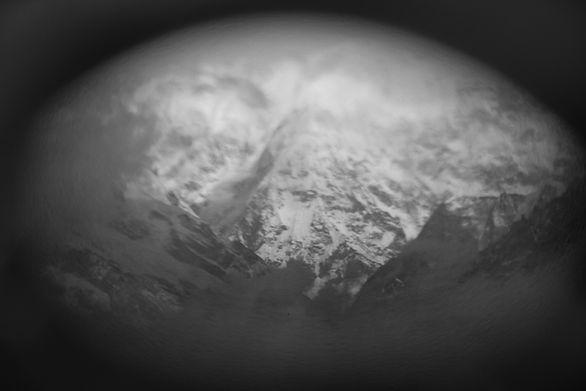 Nepalese mountains from darjeeling_1.JPG