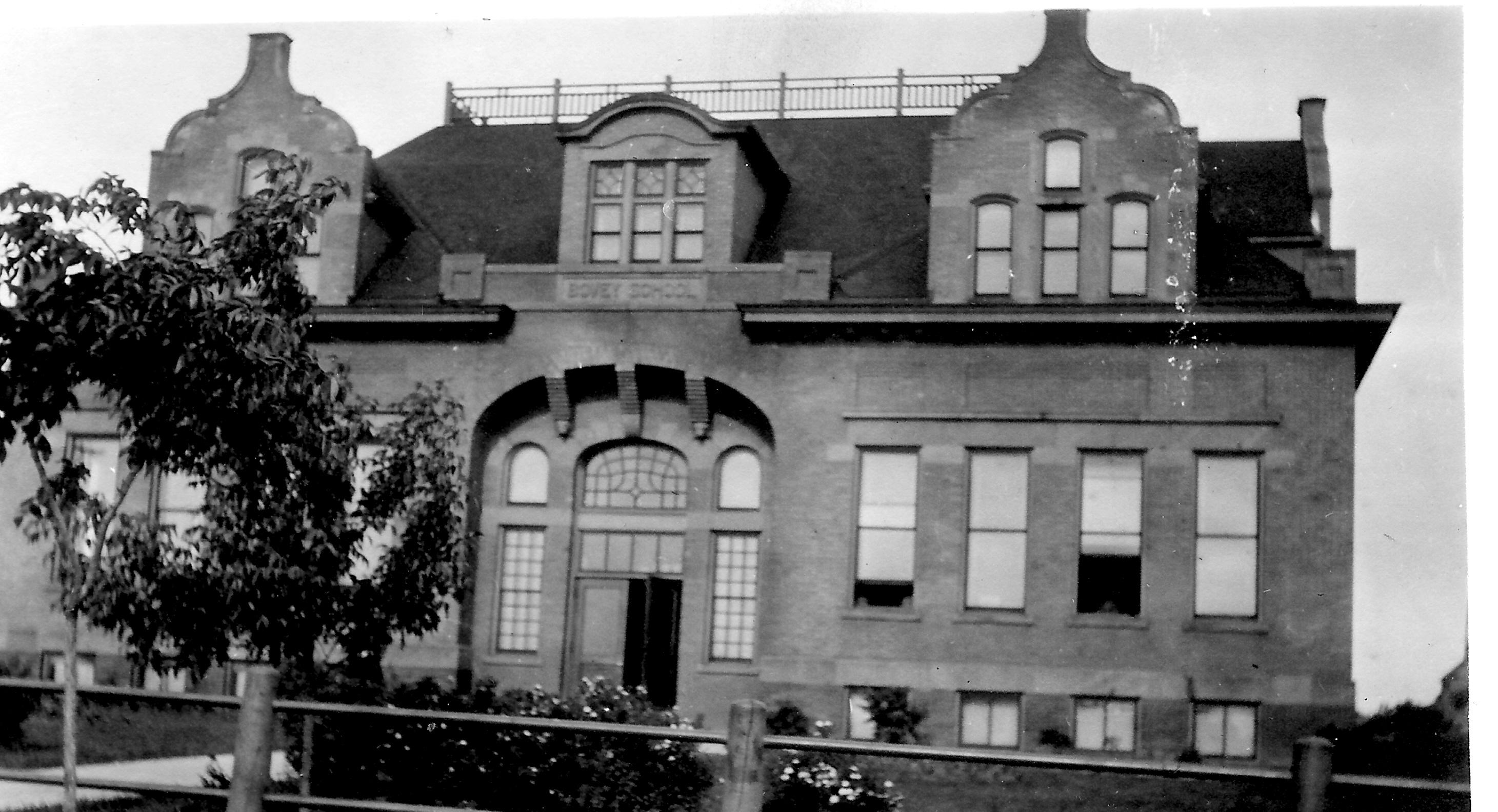 6 Grade School 1914