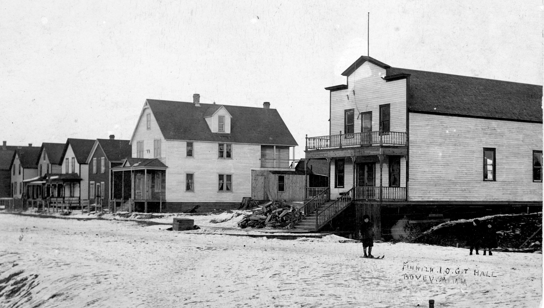 Finn Hall 1910