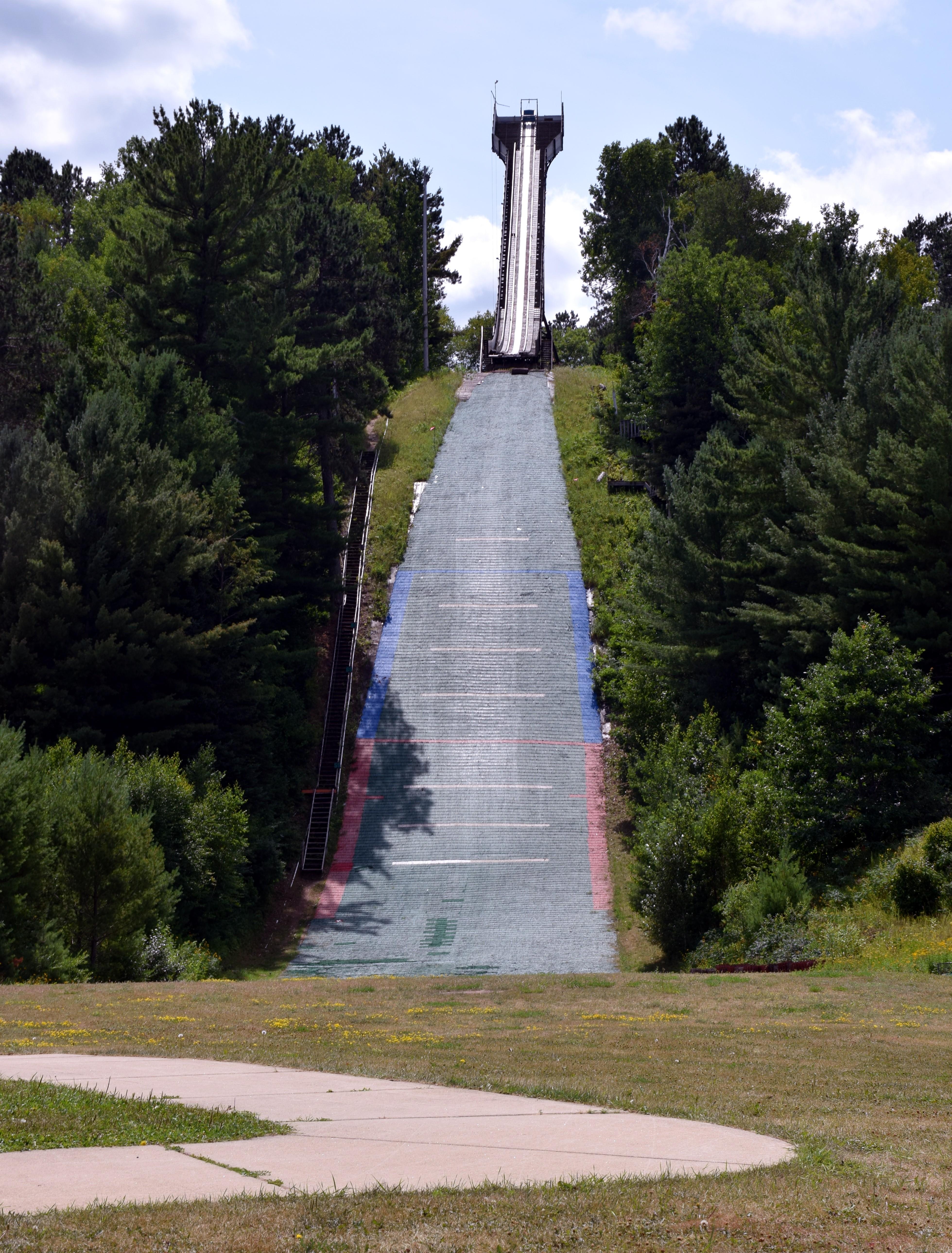 ski hill3JPG