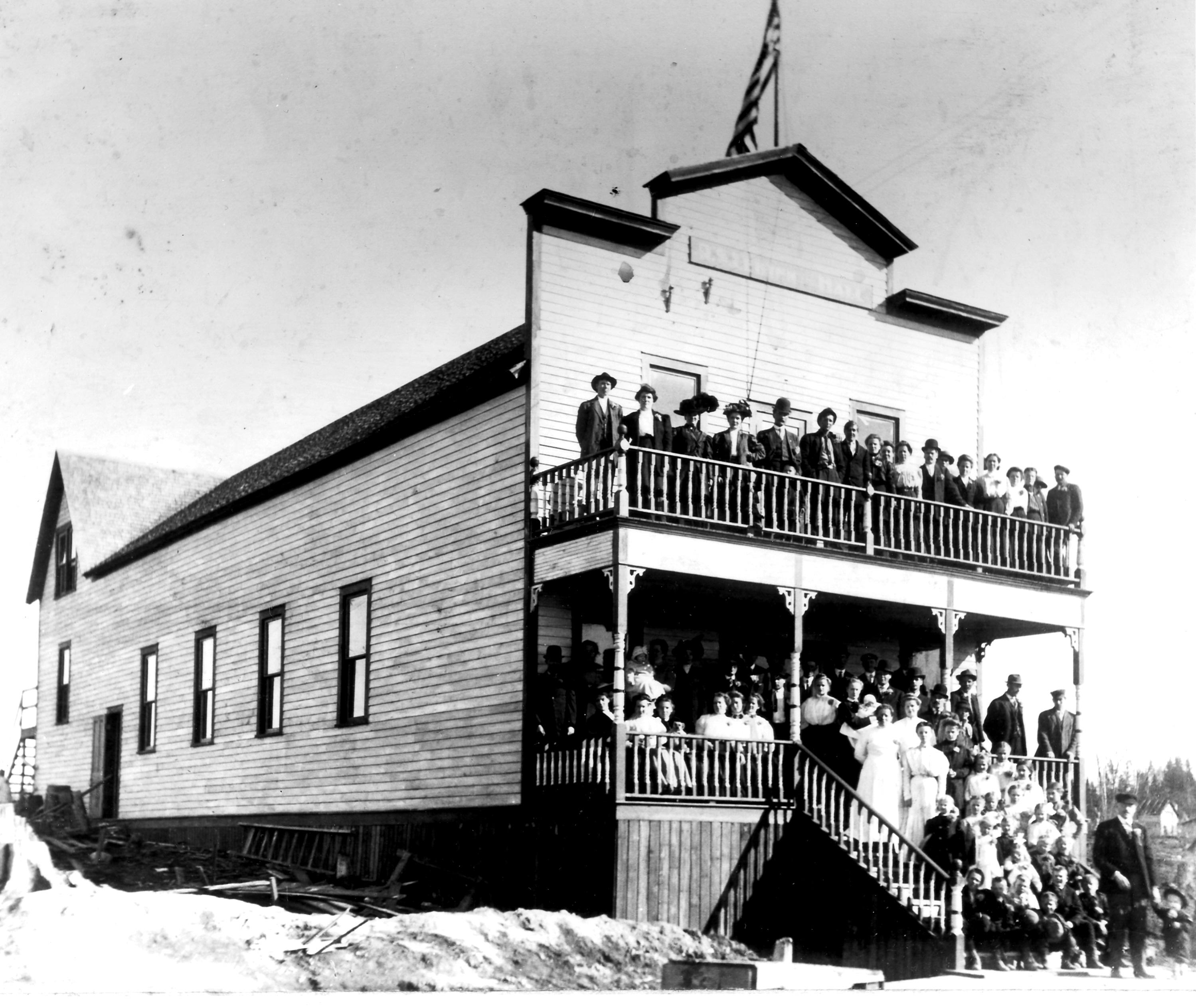 Finn Hall 1906