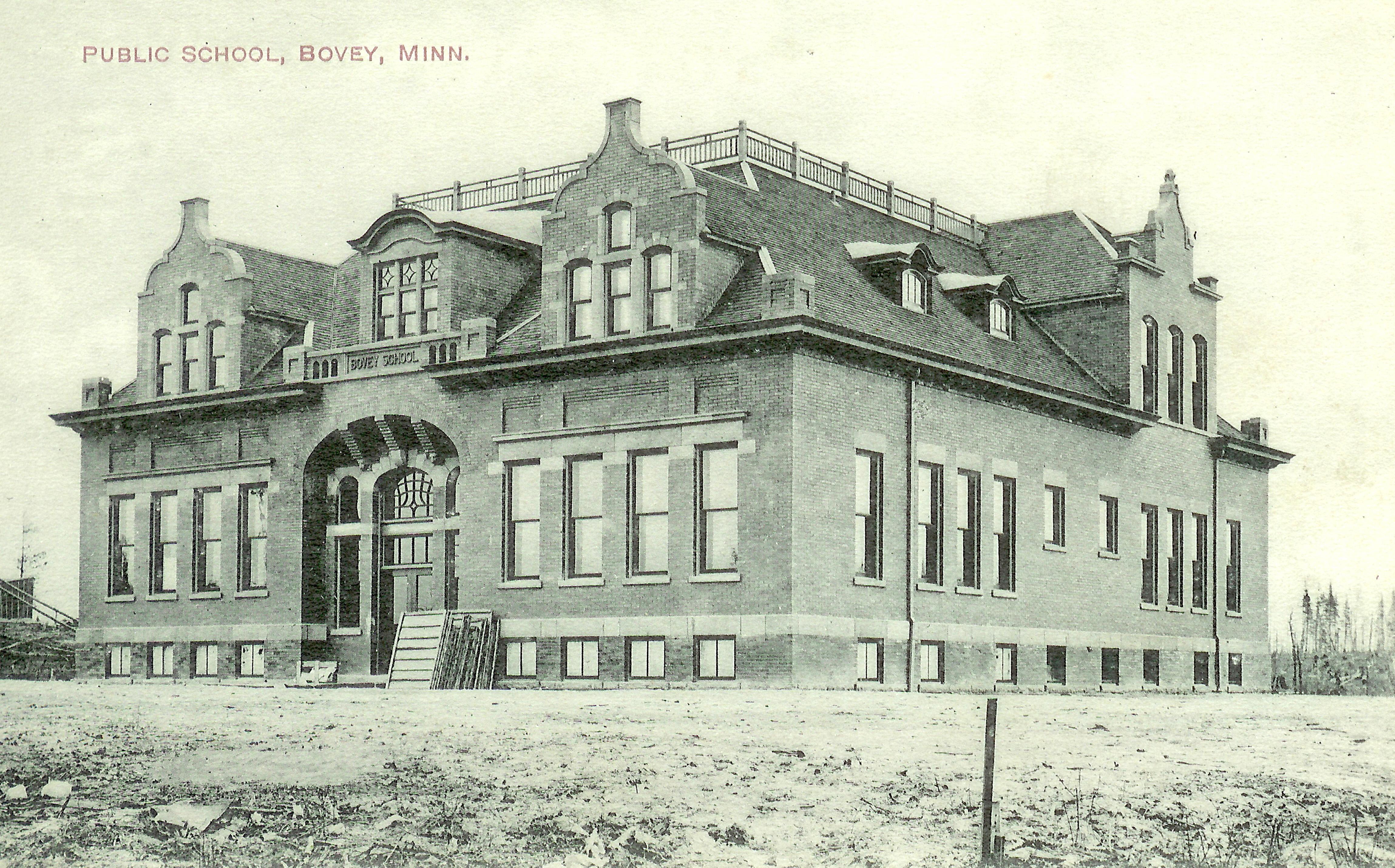 4 Bovey School 1907  side view