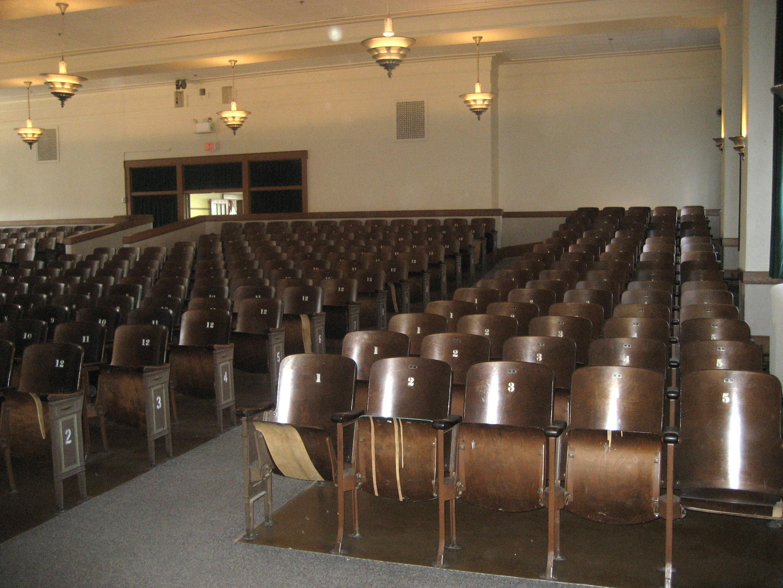 Seats 500
