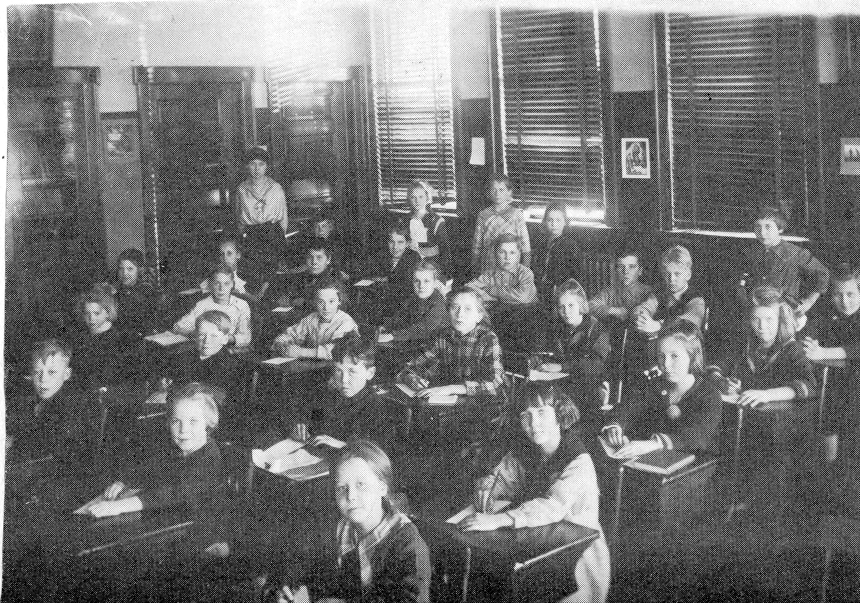 class of 1919 4th grade