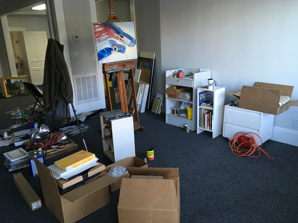 photo showing stuff in the new studio