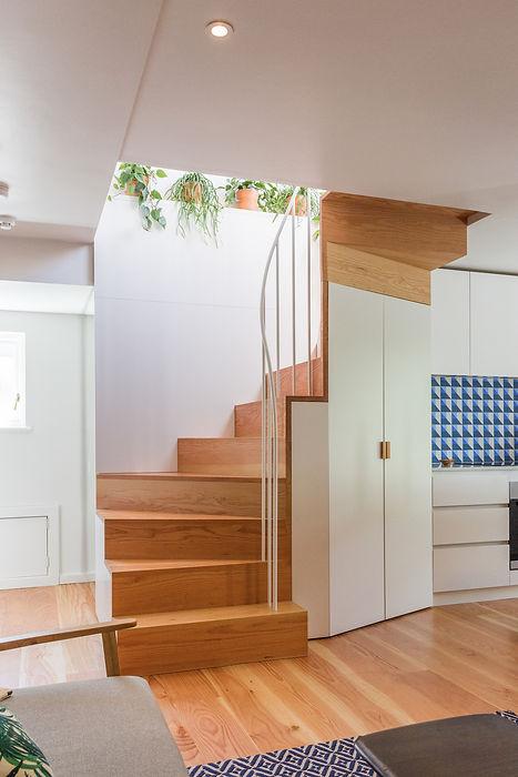 Joe Mellows Douglas Fir Stair 1.jpg