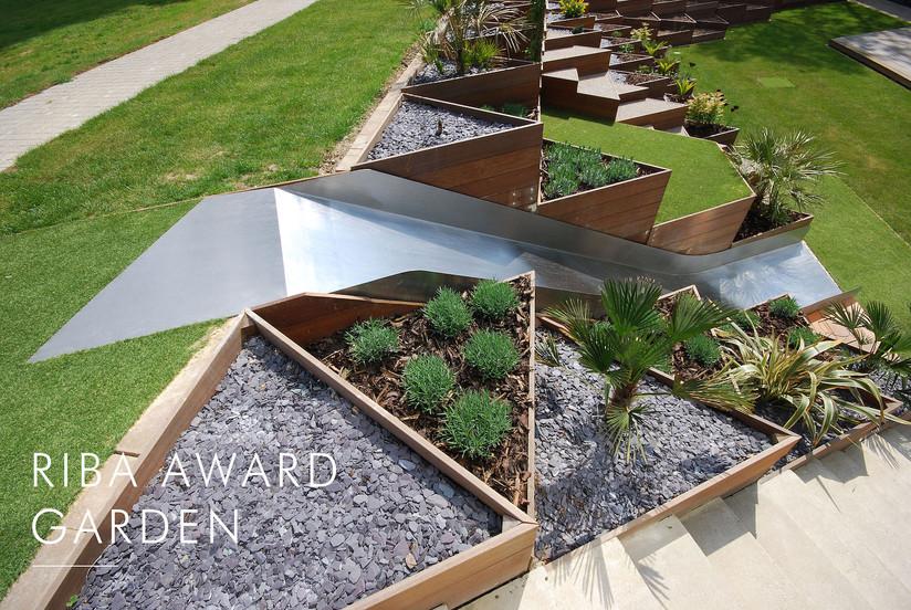 Riba Award Garden Headline.jpg