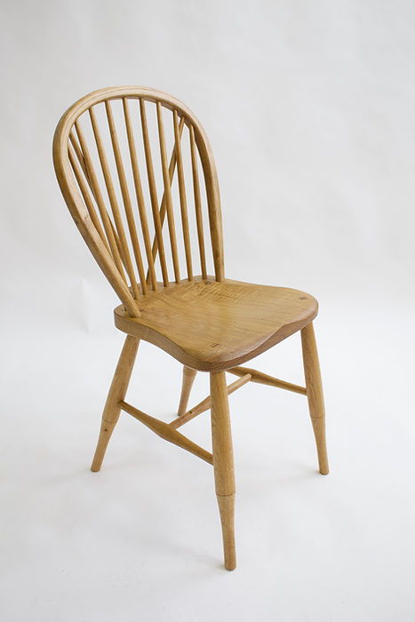 Joe Mellows Penwin Windsor Chair 3.jpg