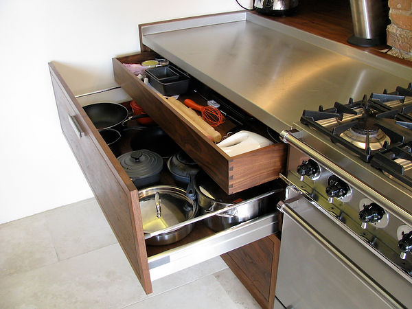Joe Mellows Country Kitchen 5.jpg