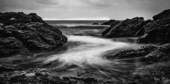 Surf beween the rocks I.jpg