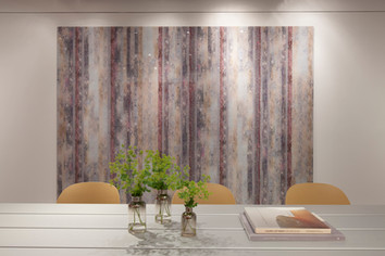Laura Letinsky and John Paul Morabito Bourne Skyline Design | Digital Glass Portfolio NeoCon 2017 Showroom, Chicago, IL 2017