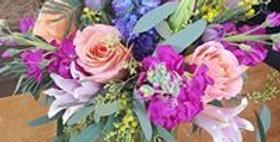 Med/large Vase Arrangement