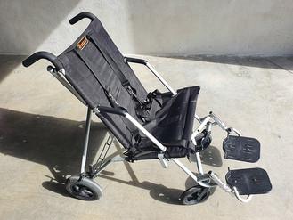 fauteuil-roulant-aps-solidarite-1.jpg