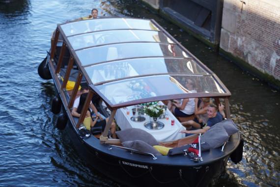 Amsterdameboats-panoramisch.JPG