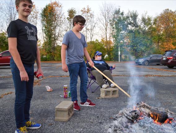 2020 (10) OCT 14 Wed Bonfire Calvary 051