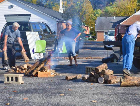 2020 (10) OCT 14 Wed Bonfire Calvary 003