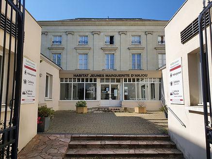 Boulevard_du_roi_rené.jpg