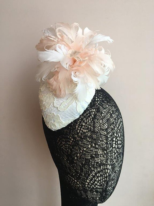 Bride Hat, Wedding cocktail hat with lace and feather flower