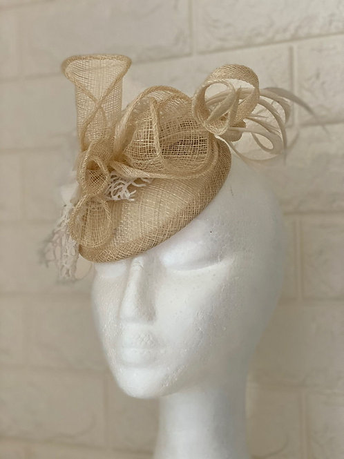 Cocktail fascinator, sinamay hat, wedding fascinator racing hat