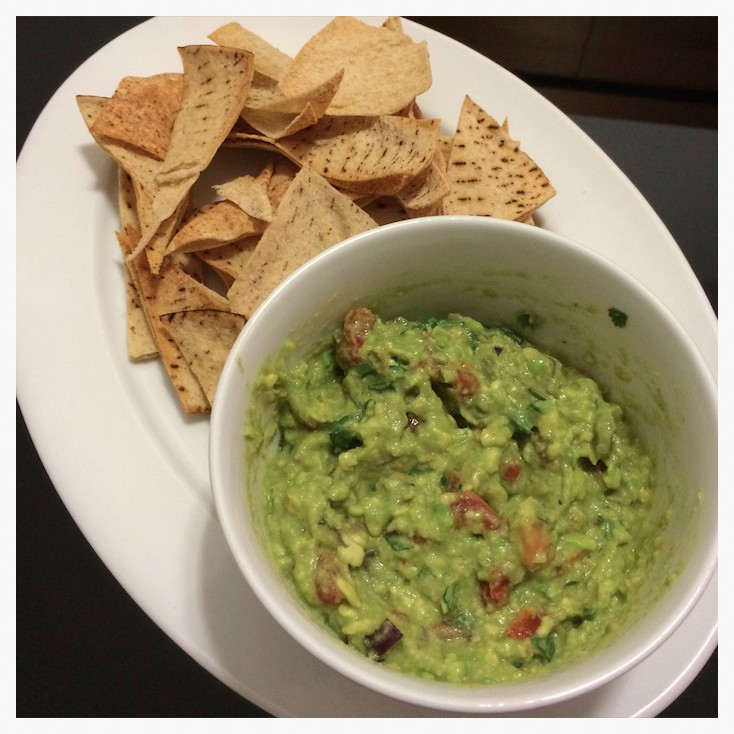 Guacamole & Pit Bread Chips