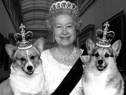 The-Queen-with-two-corgie_edited.jpg