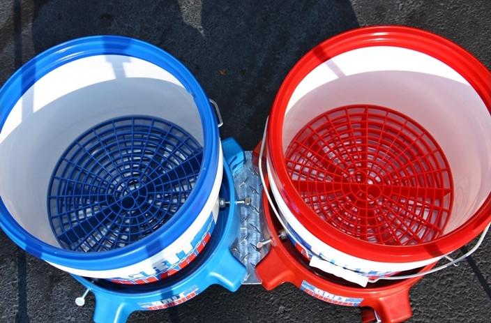 Grit Guard Bucket