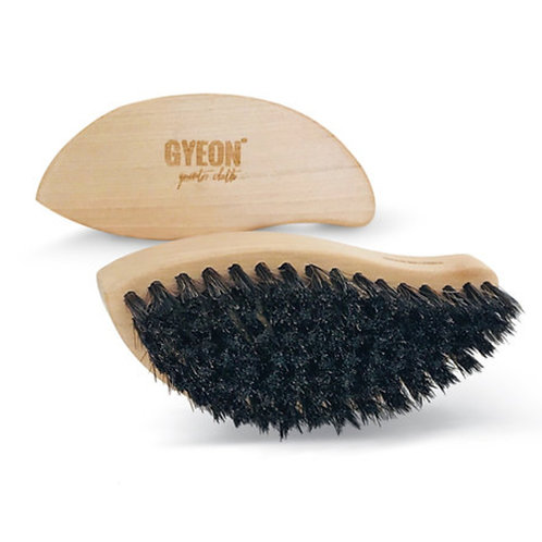 Gyeon Q²M Horse Hair Leather Brush