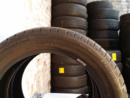 Why Tire Sidewalls Turn Brown and How to Prevent It