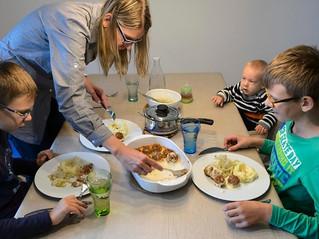 O difícil equilíbrio entre manter a cultura dos pais e a do país de acolhimento