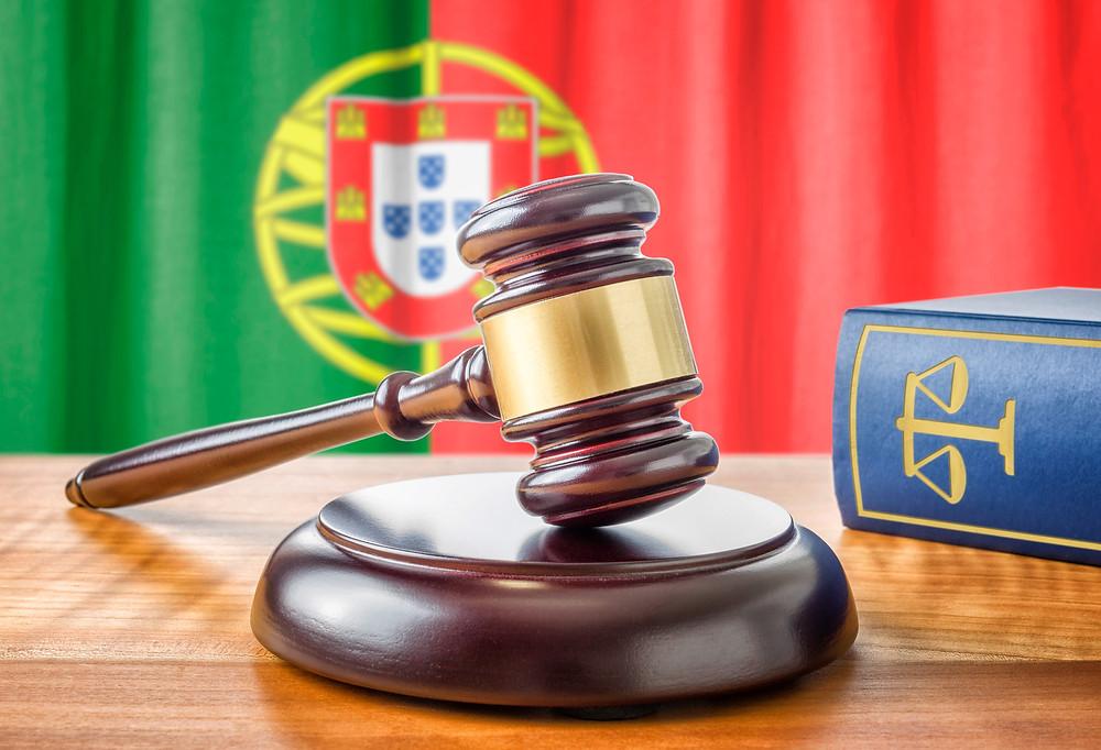O divórcio realizado em outro país não é automaticamente aceito pelas autoridades portuguesas.  Saiba como proceder!