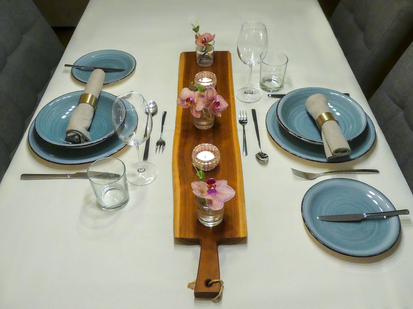 Table set-1.jpg